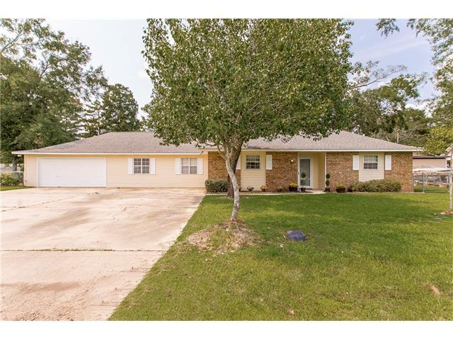 20217 Lynda Drive, Springfield, LA 70462 (MLS #2122491) :: Turner Real Estate Group