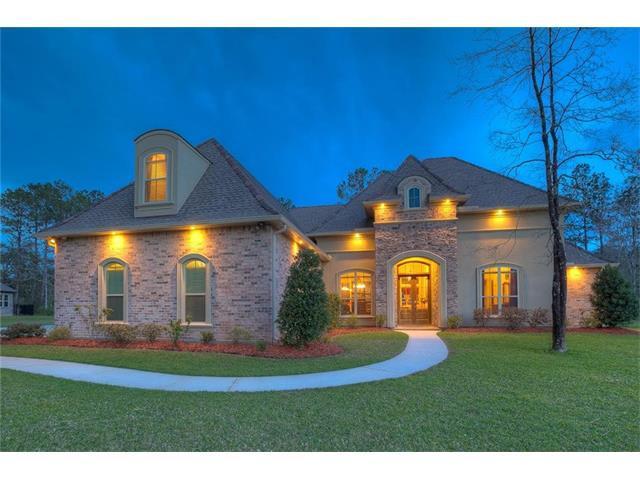 124 Heritage Oaks Boulevard, Covington, LA 70433 (MLS #2122941) :: Turner Real Estate Group