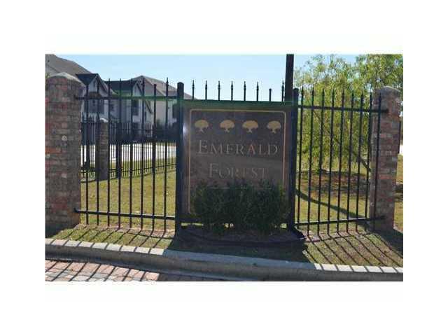 350 Emerald Forest Boulevard #10204, Covington, LA 70433 (MLS #2122956) :: Turner Real Estate Group