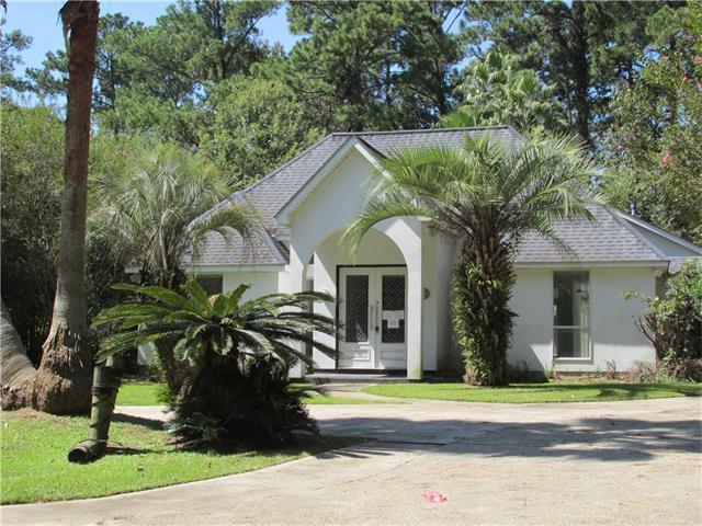 340 S Lotus Drive, Mandeville, LA 70471 (MLS #2123297) :: Turner Real Estate Group
