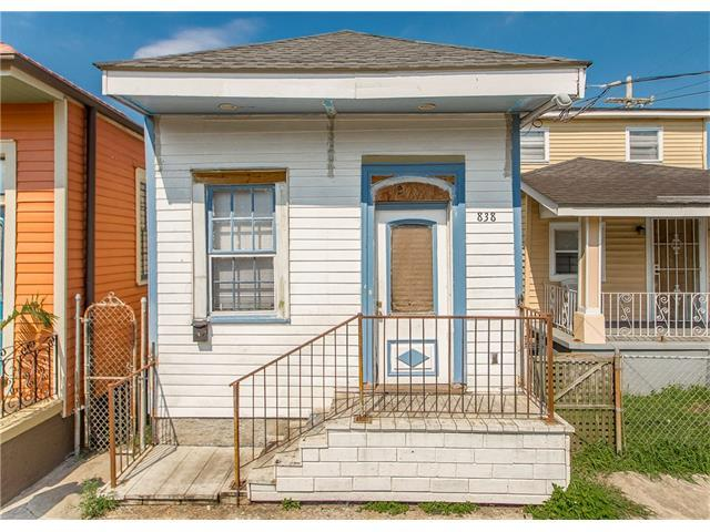 838 Deslonde Street, New Orleans, LA 70117 (MLS #2123883) :: Crescent City Living LLC