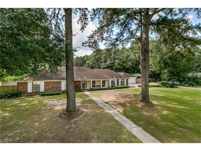 2609 W 15TH Avenue, Covington, LA 70433 (MLS #2124277) :: Turner Real Estate Group