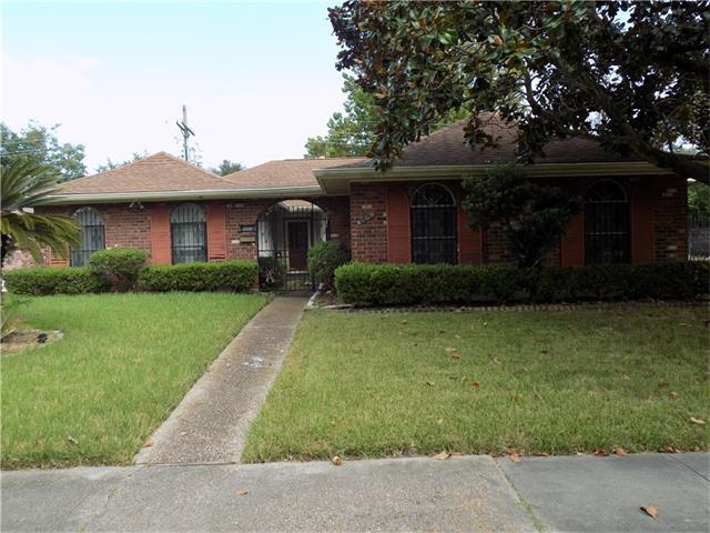 2614 Holiday Drive, New Orleans, LA 70131 (MLS #2124312) :: Turner Real Estate Group