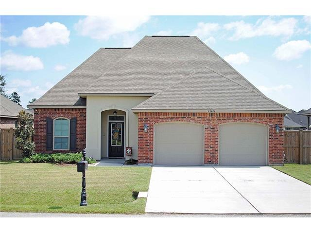69484 Taverny Court, Madisonville, LA 70447 (MLS #2124404) :: The Robin Group of Keller Williams