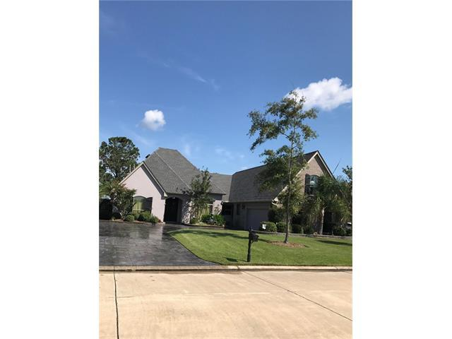 221 E Augusta Lane, Slidell, LA 70458 (MLS #2125671) :: Crescent City Living LLC