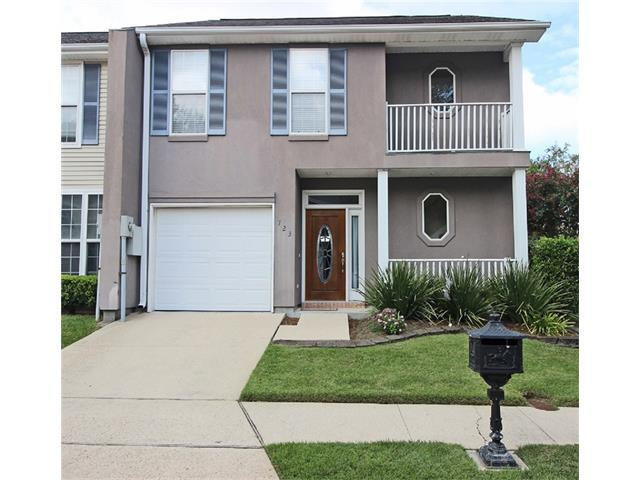 723 Pecan Grove Lane, Jefferson, LA 70121 (MLS #2127774) :: Parkway Realty