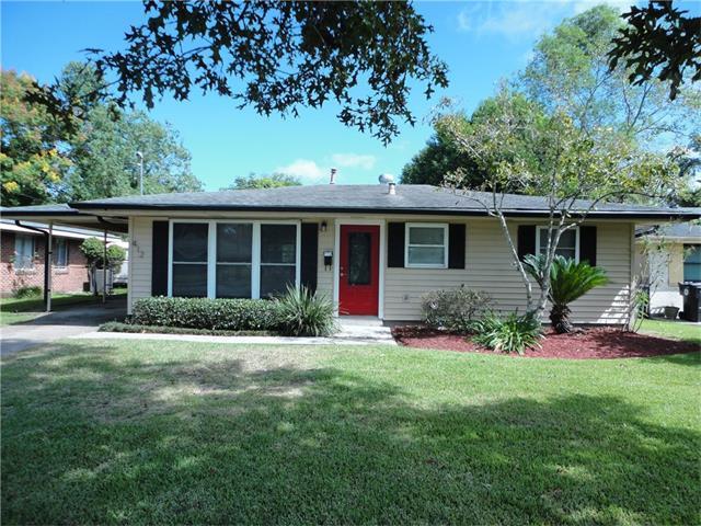 412 River Oaks Drive, New Orleans, LA 70131 (MLS #2127872) :: Parkway Realty