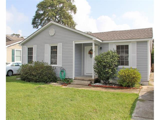 206 N Ellzey Street, Hammond, LA 70401 (MLS #2128029) :: The Robin Group of Keller Williams