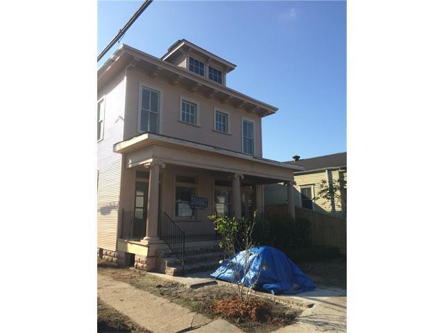 2200 Jena Street, New Orleans, LA 70115 (MLS #2128039) :: Crescent City Living LLC