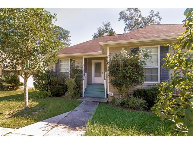 72356 Homestead Street, Covington, LA 70435 (MLS #2128348) :: The Robin Group of Keller Williams