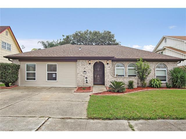 565 Brookmeade Drive, Gretna, LA 70056 (MLS #2128383) :: Turner Real Estate Group