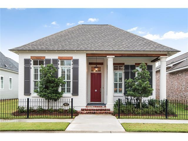912 Beauregard Parkway, Covington, LA 70433 (MLS #2128392) :: Turner Real Estate Group