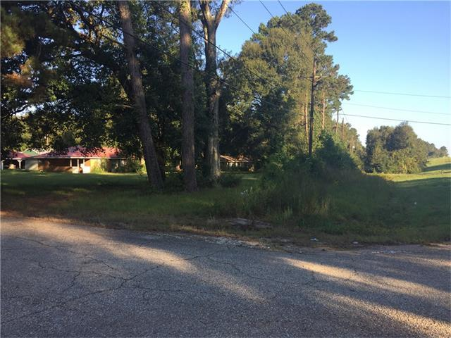 16249 East Club Deluxe Road, Hammond, LA 70403 (MLS #2128448) :: Crescent City Living LLC
