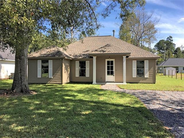 66120 Cypress Street, Mandeville, LA 70448 (MLS #2128449) :: The Robin Group of Keller Williams