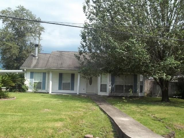 208 Second Street, Pearl River, LA 70452 (MLS #2128752) :: The Robin Group of Keller Williams