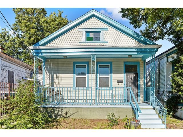 8517 Belfast Street, New Orleans, LA 70118 (MLS #2129971) :: Turner Real Estate Group