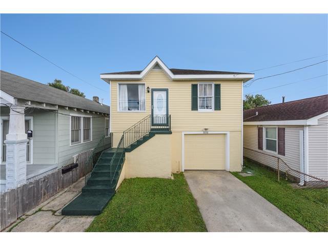 1030 Eleventh Street, Gretna, LA 70053 (MLS #2130407) :: Turner Real Estate Group