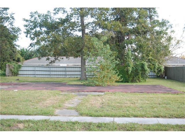 3505 Sinclair Avenue, Chalmette, LA 70043 (MLS #2130829) :: Turner Real Estate Group