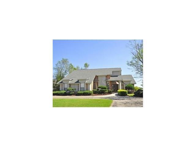 1204 Lake Louise Drive, Gretna, LA 70056 (MLS #2130995) :: Turner Real Estate Group