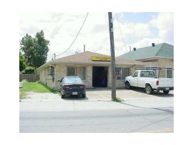 6015-23 4TH Street, Marrero, LA 70072 (MLS #2131255) :: Crescent City Living LLC
