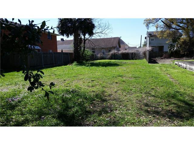 322 Robert E. Lee Boulevard, New Orleans, LA 70124 (MLS #2131337) :: Turner Real Estate Group