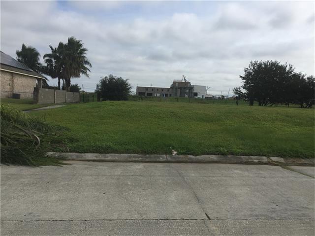 1955 E Squirwood Drive East, Harvey, LA 70058 (MLS #2131573) :: Turner Real Estate Group