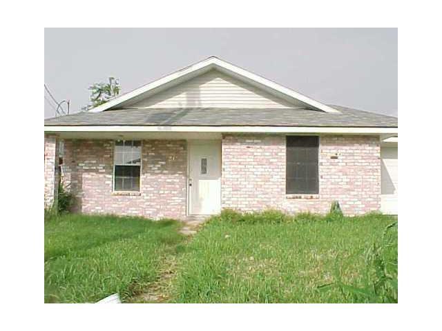 7930 Trout Street, New Orleans, LA 70126 (MLS #2131869) :: Turner Real Estate Group