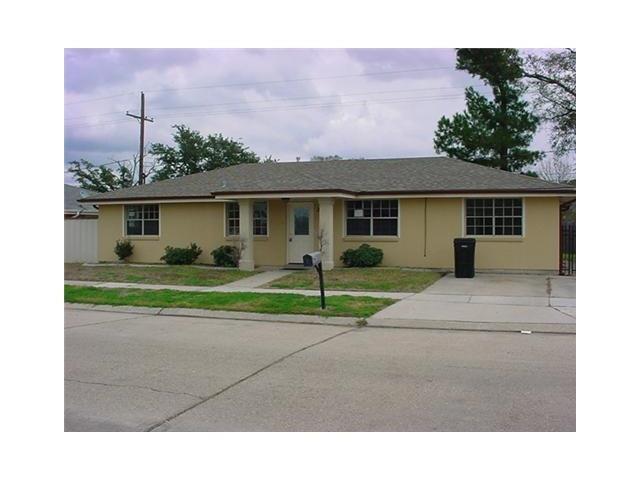 3009 Mumphrey Road, Chalmette, LA 70043 (MLS #2132311) :: Amanda Miller Realty