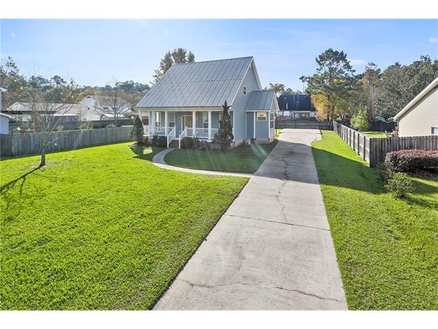 703 Covington Point Drive, Covington, LA 70433 (MLS #2132752) :: Amanda Miller Realty