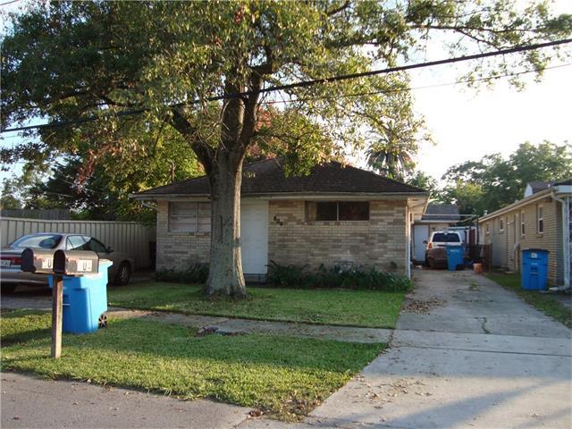 804 - 806 Lyndell Court, Chalmette, LA 70043 (MLS #2132770) :: Amanda Miller Realty
