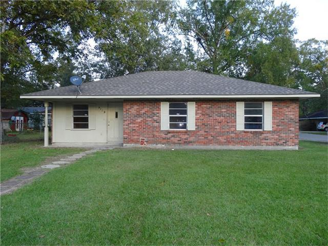 1323 Smith Square, Hammond, LA 70403 (MLS #2132859) :: Crescent City Living LLC