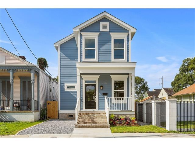 2816 Cleveland Avenue, New Orleans, LA 70119 (MLS #2132904) :: Barrios Real Estate Group