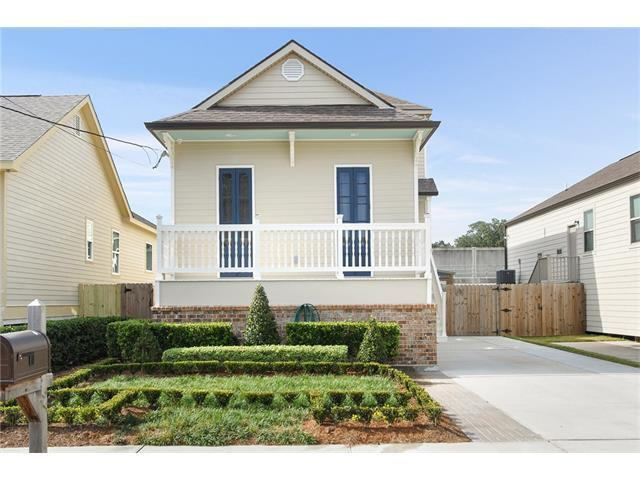 5760 Warrington Drive, New Orleans, LA 70122 (MLS #2133158) :: Amanda Miller Realty