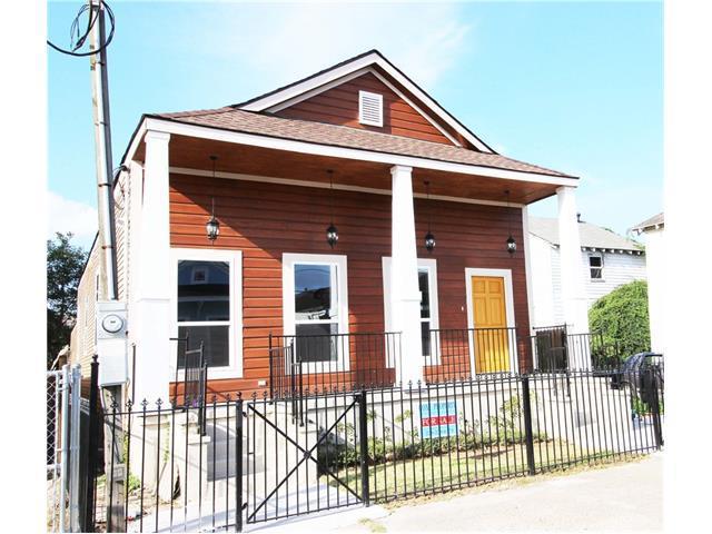 2513 Clara Street, New Orleans, LA 70115 (MLS #2133539) :: Crescent City Living LLC