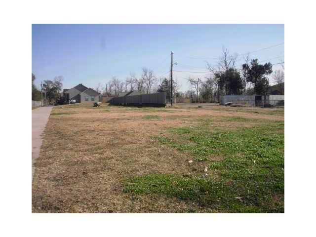 110 Tall Pines Drive, Belle Chasse, LA 70037 (MLS #2133595) :: Turner Real Estate Group