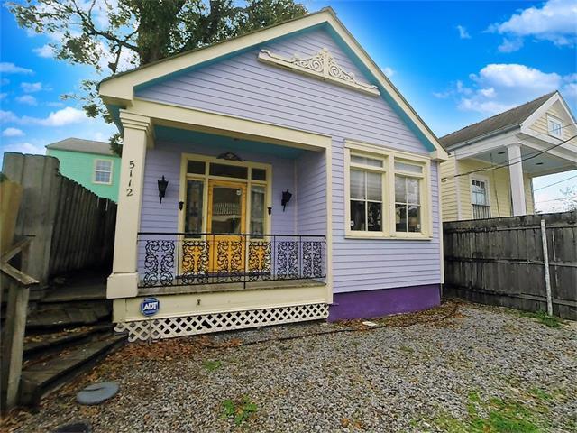 5112 Clara Street, New Orleans, LA 70115 (MLS #2133708) :: Crescent City Living LLC