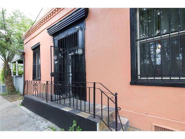 1660 Annunciation Street, New Orleans, LA 70130 (MLS #2134266) :: Amanda Miller Realty