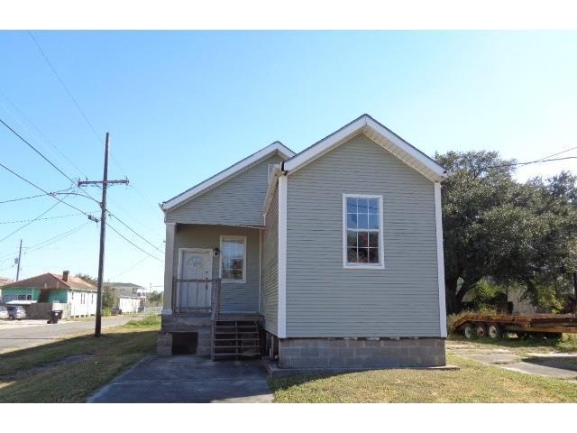 1741 Desire Street, New Orleans, LA 70117 (MLS #2134357) :: Crescent City Living LLC