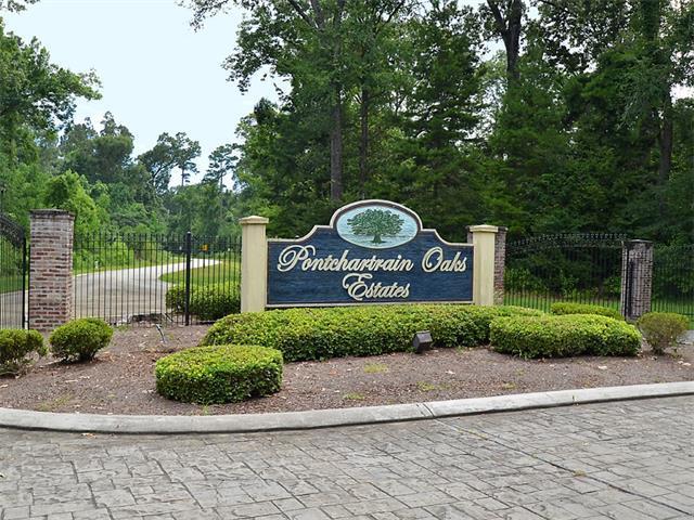 12 Pontchartrain Oaks Drive, Madisonville, LA 70447 (MLS #2134425) :: Parkway Realty