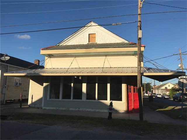 8501 Apple Street, New Orleans, LA 70118 (MLS #2134526) :: Parkway Realty