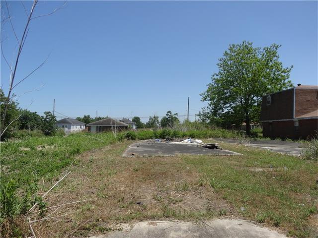 2337-39 Lamanche Street, New Orleans, LA 70117 (MLS #2134902) :: Parkway Realty