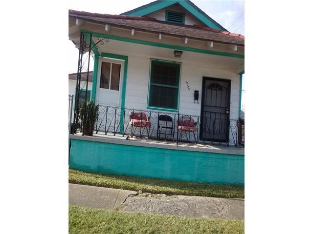 638 Forstall Street, New Orleans, LA 70117 (MLS #2134914) :: Crescent City Living LLC