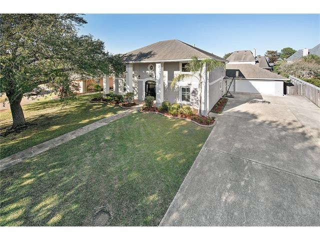 62 Chateau Mouton Drive, Kenner, LA 70065 (MLS #2135228) :: Watermark Realty LLC
