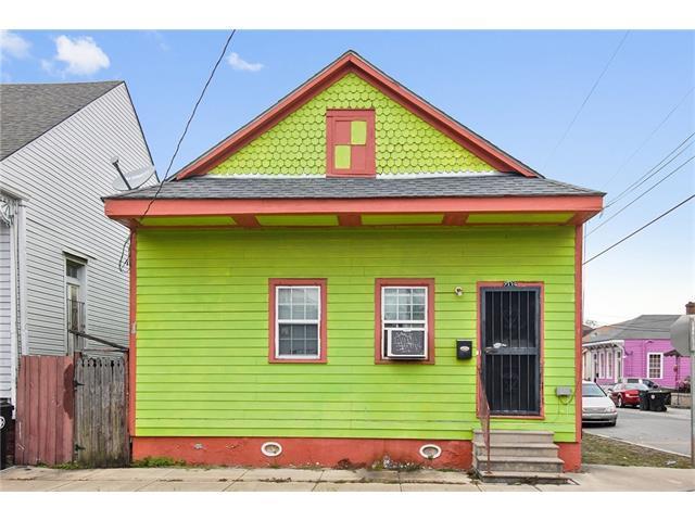 2339 Urquhart Street, New Orleans, LA 70117 (MLS #2135251) :: Watermark Realty LLC