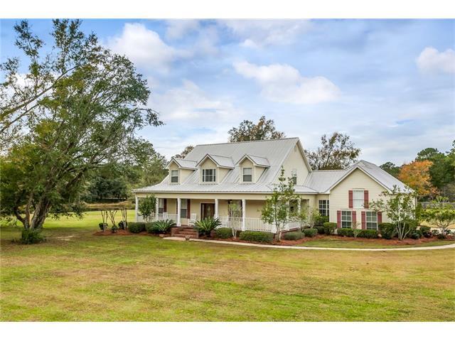 111 Ruelle Du Chene Drive, Madisonville, LA 70447 (MLS #2135354) :: Turner Real Estate Group