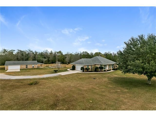 100 Sir Barton Court, Bush, LA 70431 (MLS #2135396) :: Turner Real Estate Group