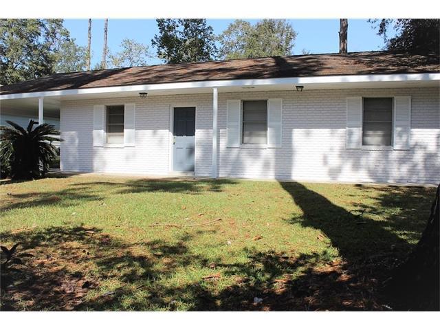 317 Robinhood Drive, Covington, LA 70433 (MLS #2135439) :: Amanda Miller Realty