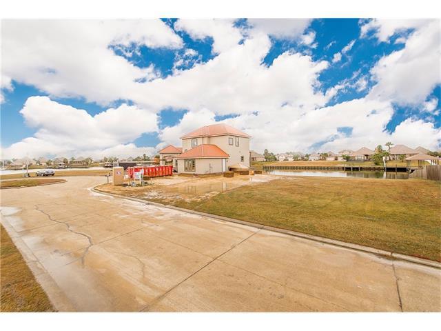 1568 Regatta Cove, Slidell, LA 70458 (MLS #2135616) :: Turner Real Estate Group