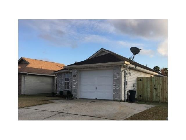 2737 Bayou Bleu Drive, Marrero, LA 70072 (MLS #2135714) :: Turner Real Estate Group