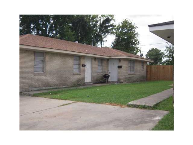 304 Helen Street, Gretna, LA 70056 (MLS #2135813) :: Turner Real Estate Group